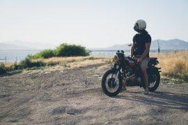 sur la route du vin à moto